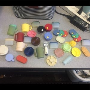Lot of vintage Tupperware magnets.